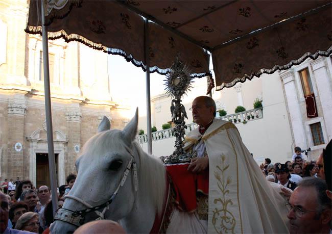 La Processione del Cavallo Parato