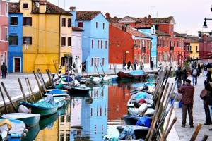 île de Burano en Italie