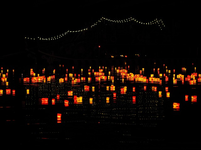candles-2119618_640